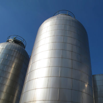 Tanks and silos